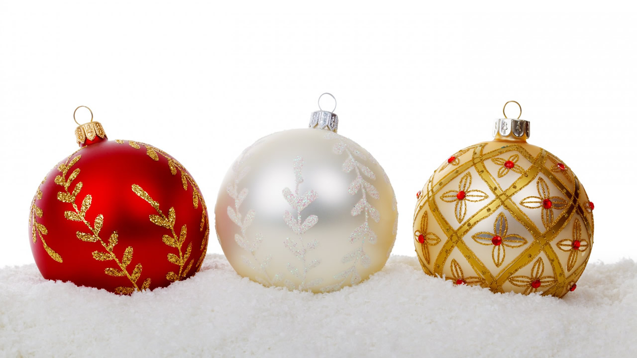 colorful-christmas-balls